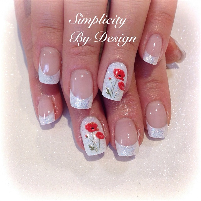 REMEMBRANCE DAY POPPY NAIL ART